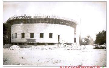 Budowa kościoła w Obierwi